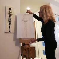 Paola Pierobon con Silhouette di Donna