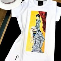 """T-shirt con riproduzione del quadro  """"Libera"""""""